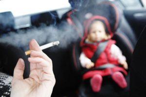 Los fumadores pasivos tienen más probabilidades de riesgo de cáncer y enfermedades cerebrales